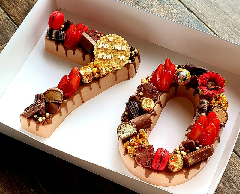 עוגת מוס מספרים לגיל 70