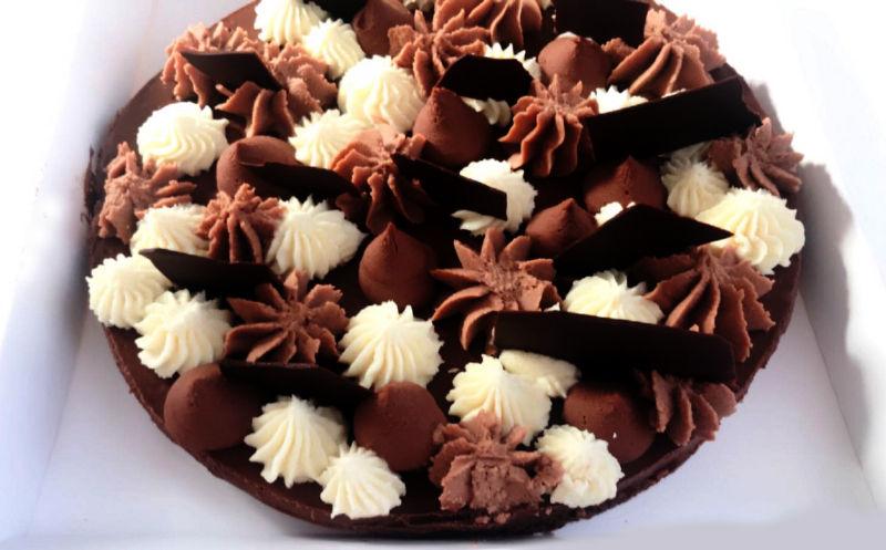 עוגת מוסים טריקולד וקפה