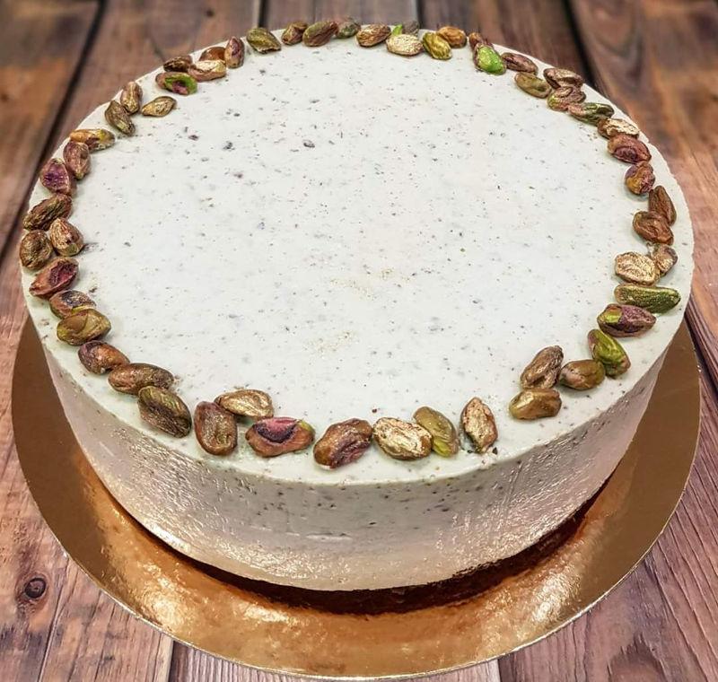 עוגת מוסים קפה ופיסטוק