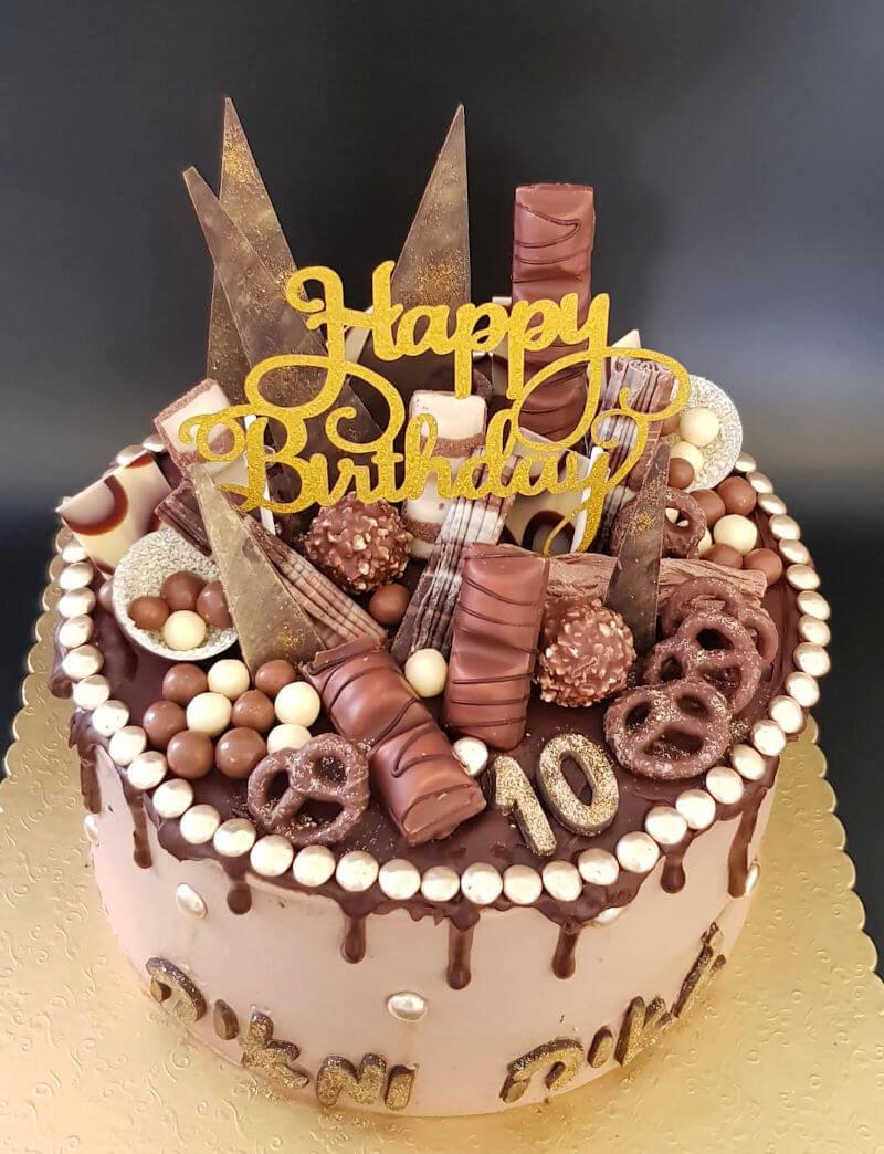 עוגת מוס שוקולד וממתקים