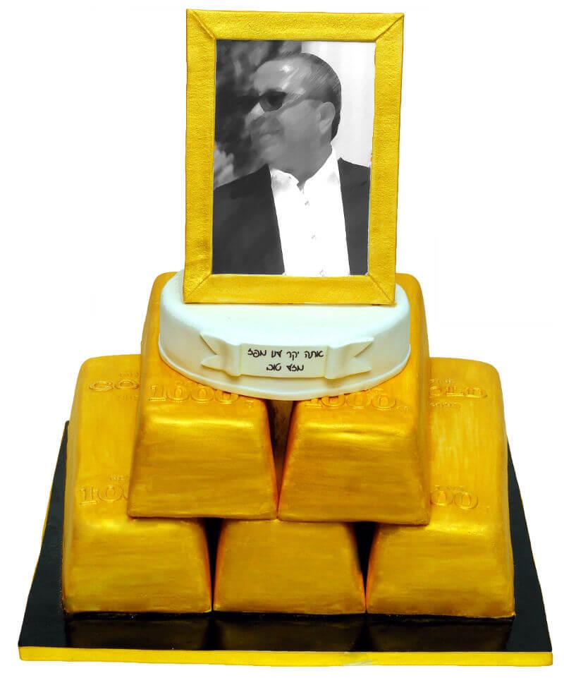 עוגת מטילי זהב מיוחדת מבצק סוכר