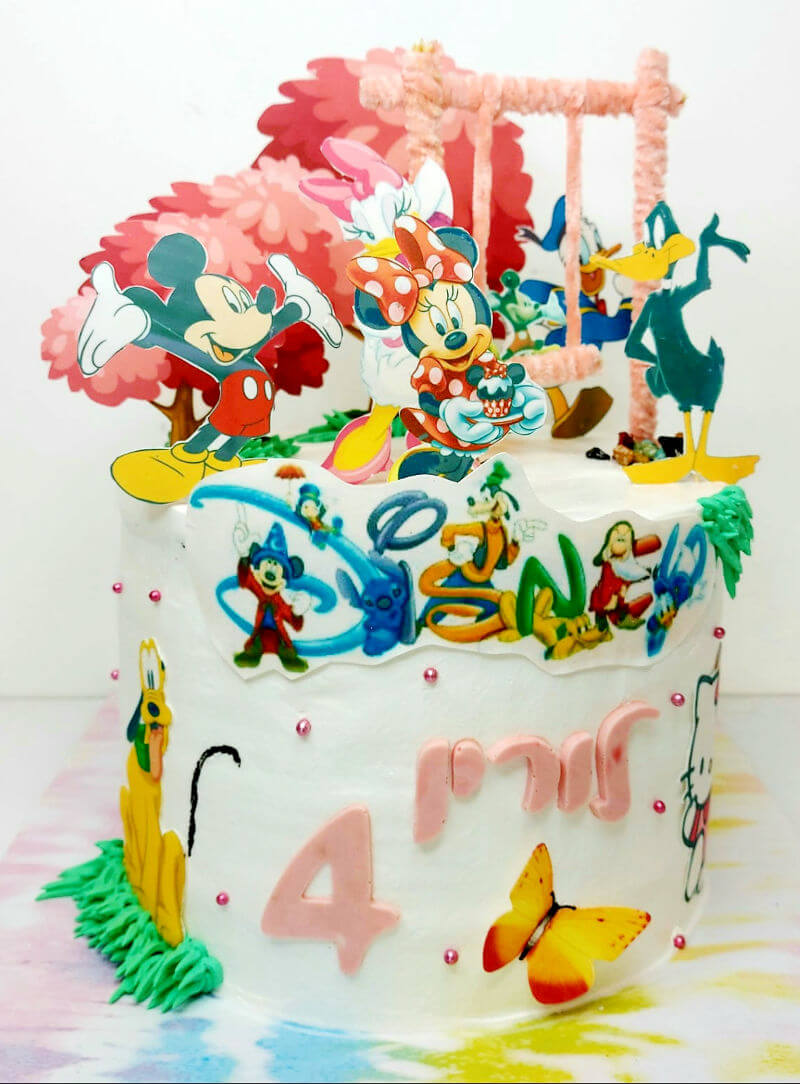 עוגת מיני מאוס עם מיקי והחברים