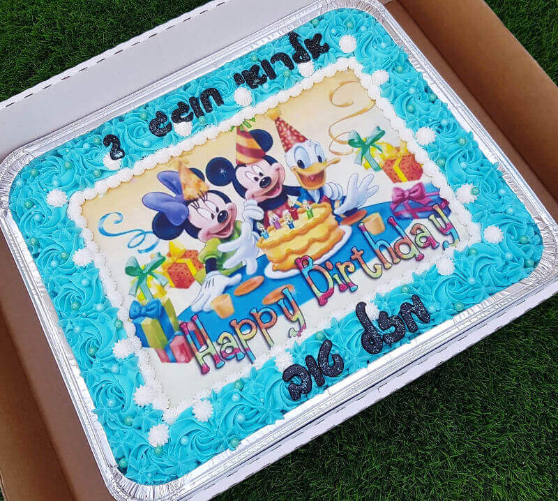 עוגת יום הולדת מיקי מאוס מלבנית לגן