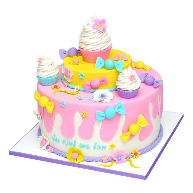 עוגת ממתקים מבצק סוכר