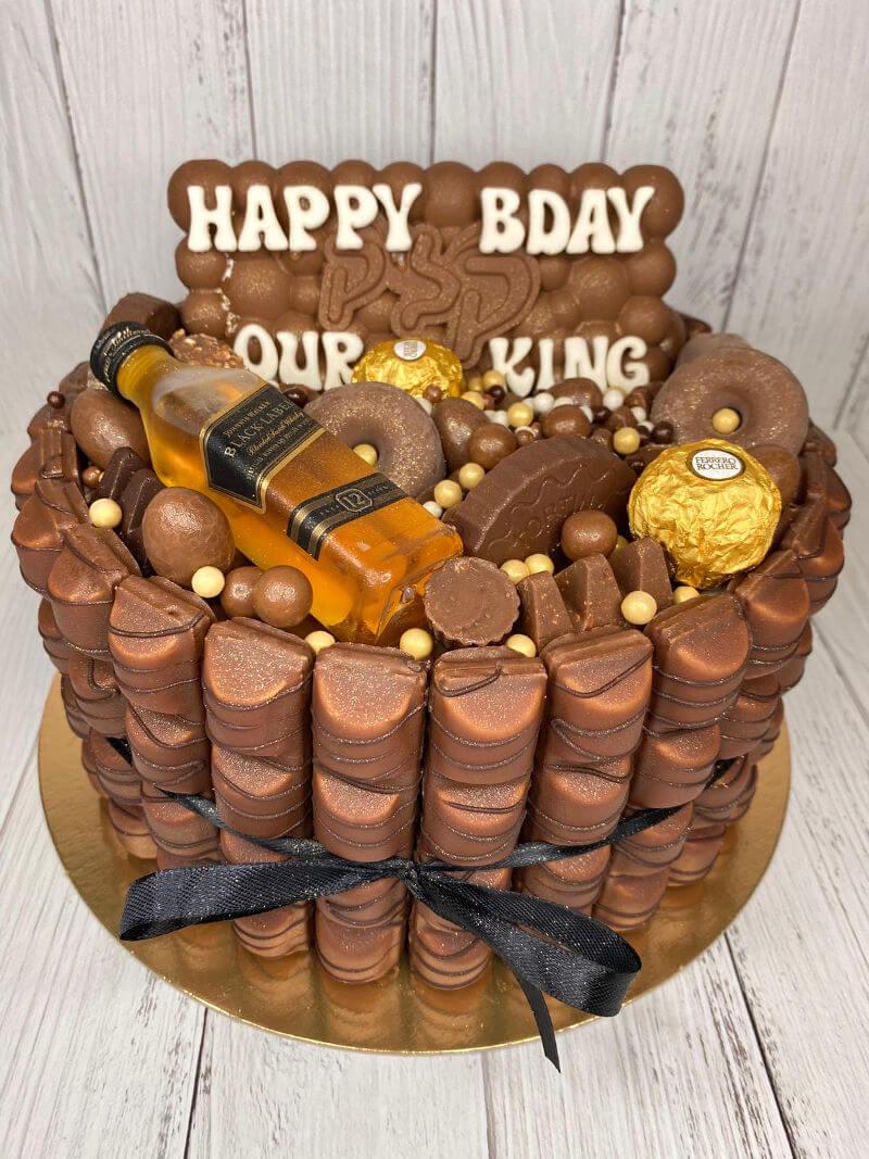 עוגת ממתקים לגבר