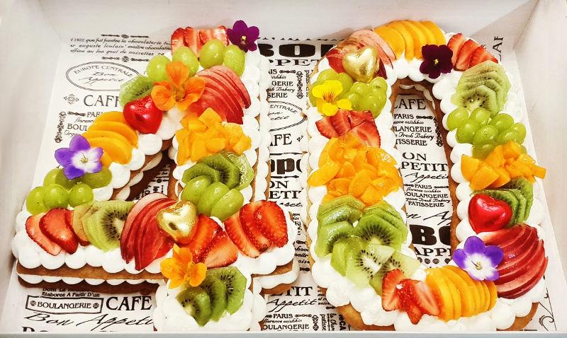 עוגת מספרים ופירות ליום הולדת 40