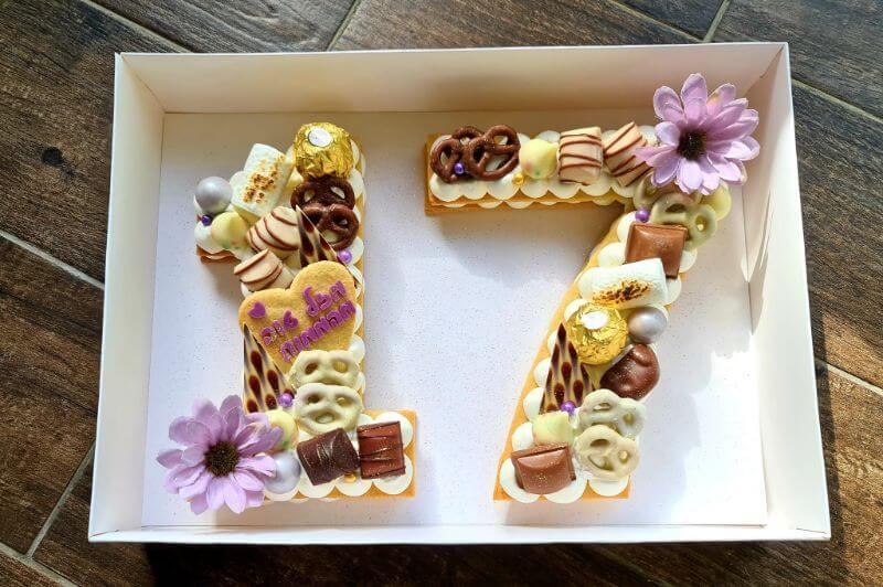 עוגת מספרים ושוקולדים לבת