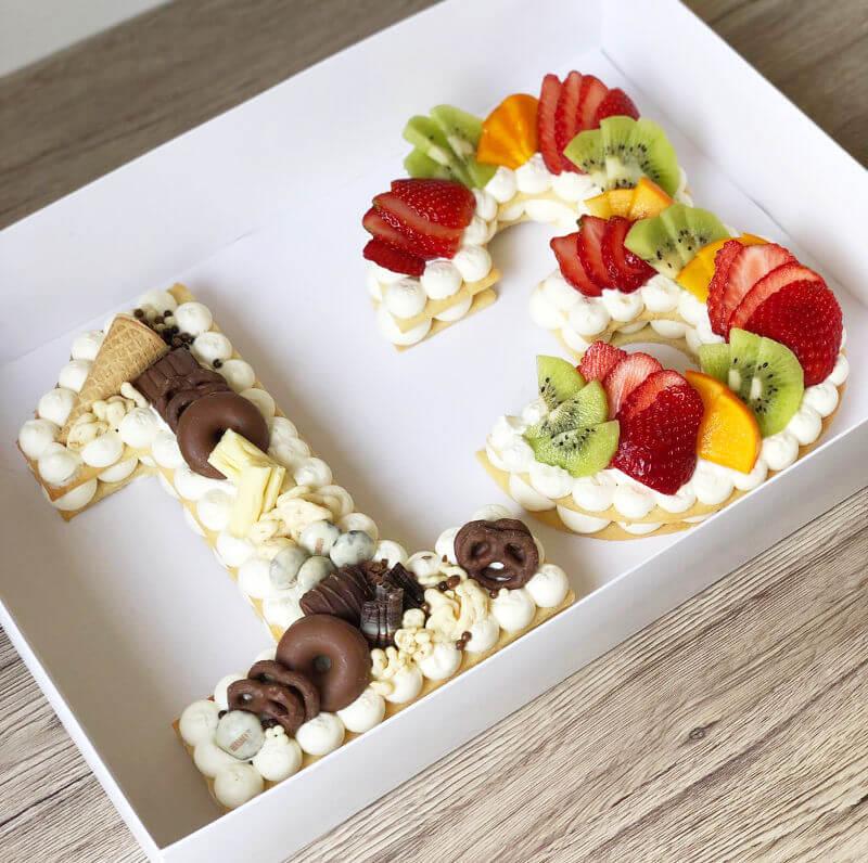 עוגת מספרים עם משלוחים לבר מצווה