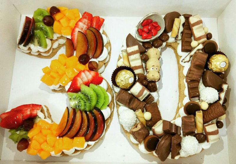 עוגת מספרים פירות ושוקולד לגיל 30
