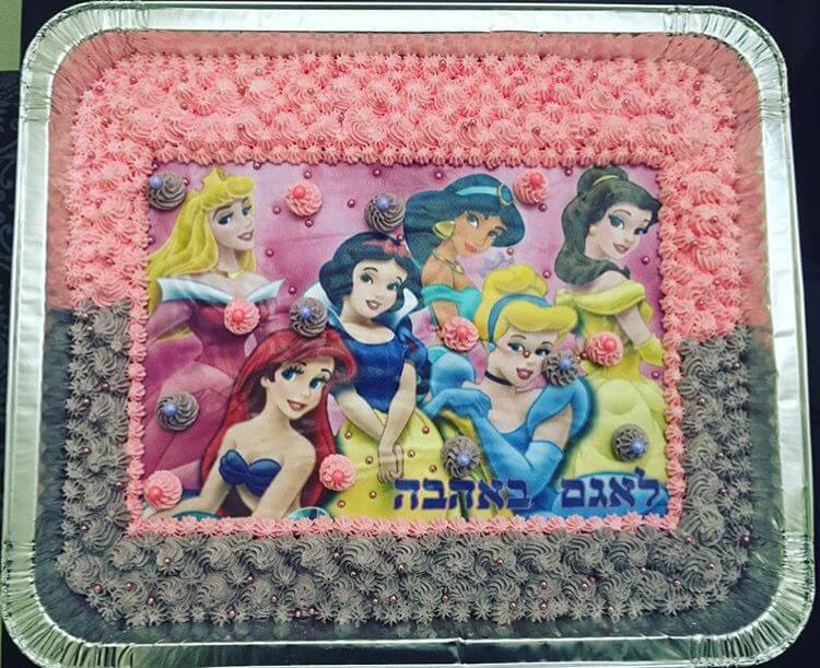 עוגת יום הולדת נסיכות מלבנית