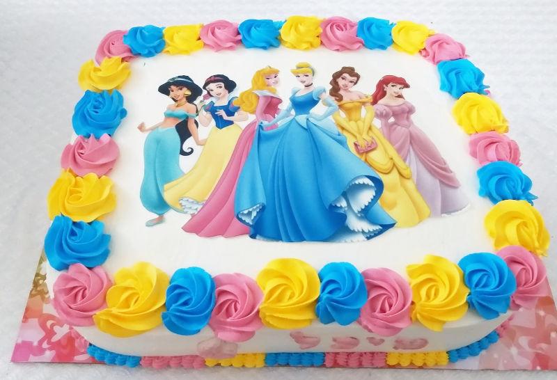 עוגת נסיכות מעוצבת מלבנית לגן