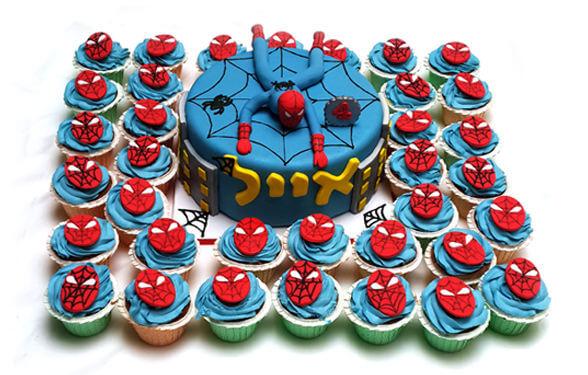 עוגת ספיידרמן וקאפקייקס מעוצבים