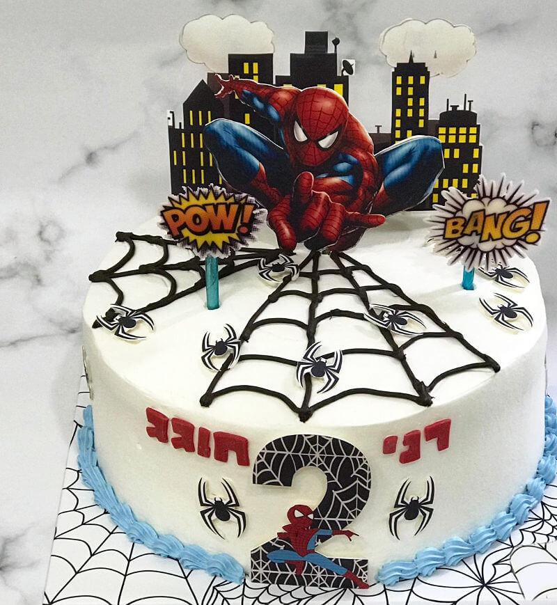 עוגת ספיידרמן מעוצבת