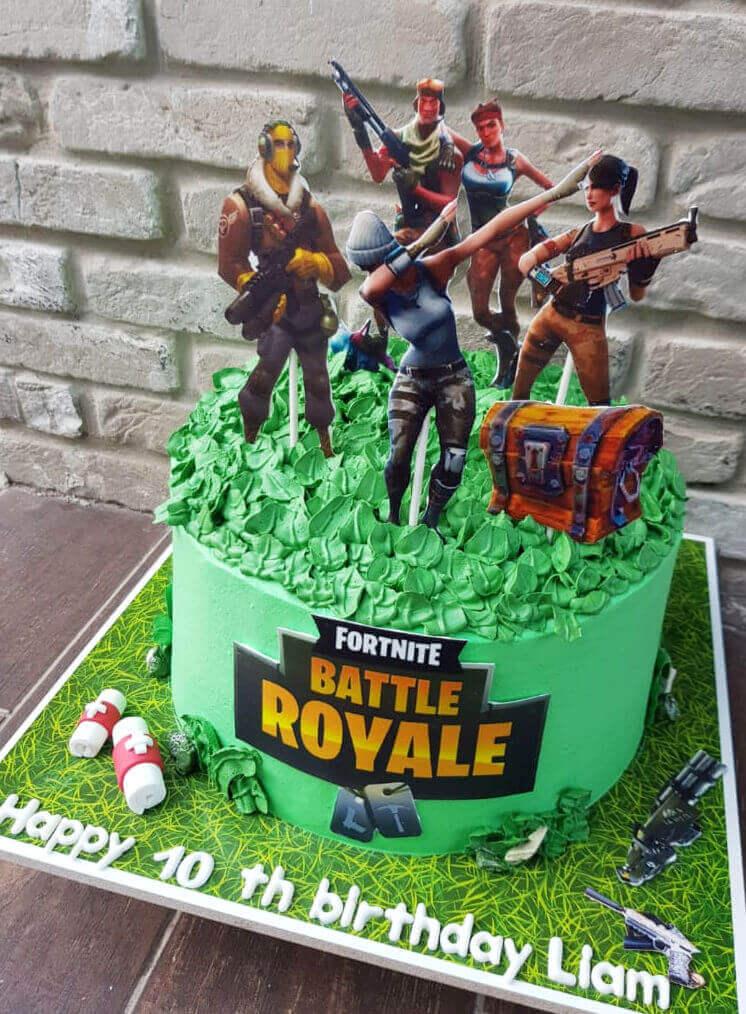 עוגת פורטנייט ליום הולדת