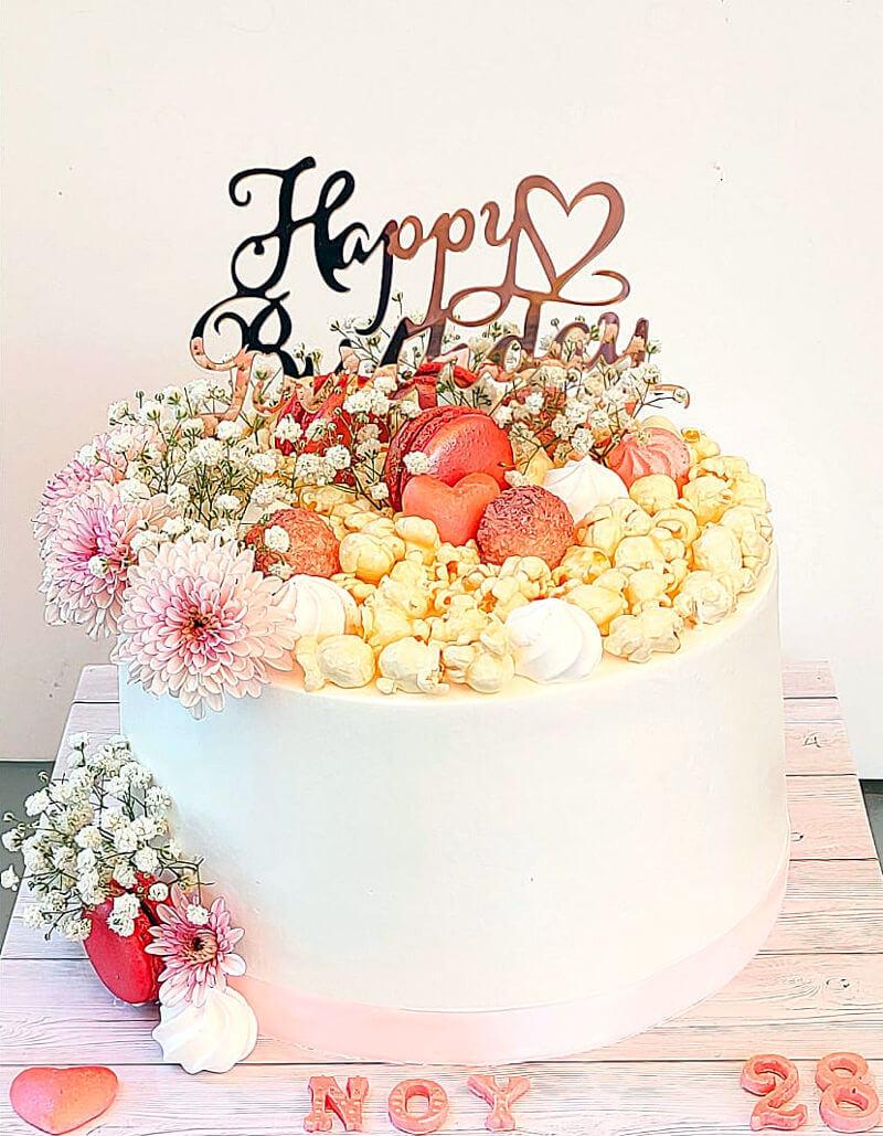 עוגת פרחים ופופקורן