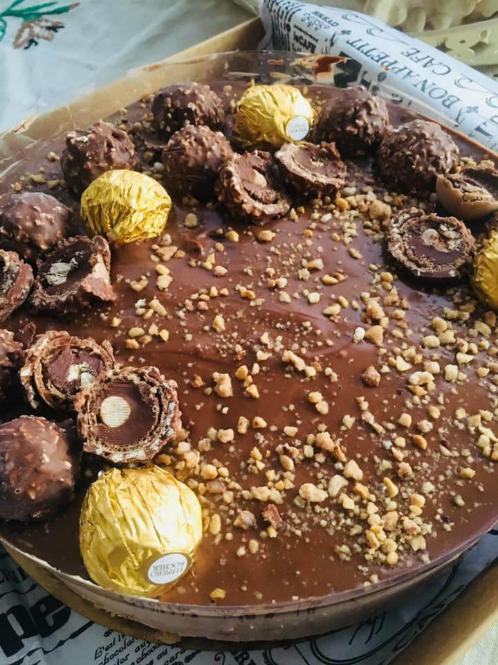 עוגת פררו רושה
