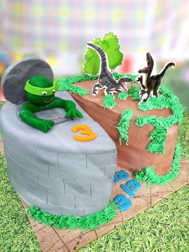 עוגה מיוחדת צבי הנינגה ודינוזאורים