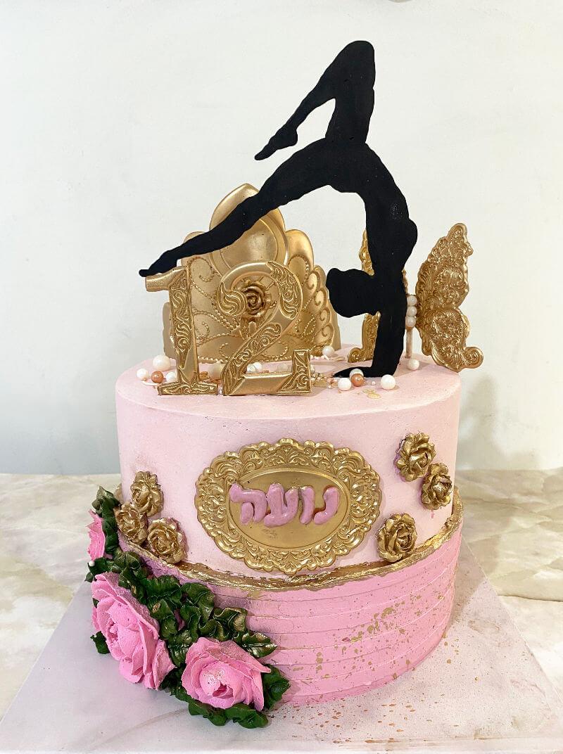 עוגת קומות בזילוף זהב לבת מצווה