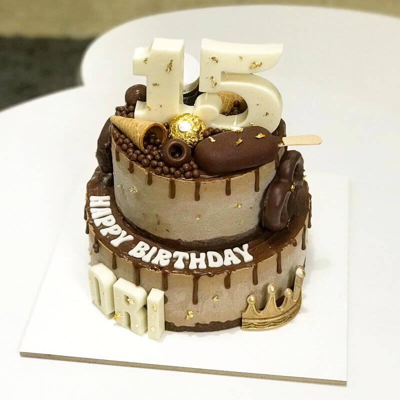 עוגת קומות דריפ קייק