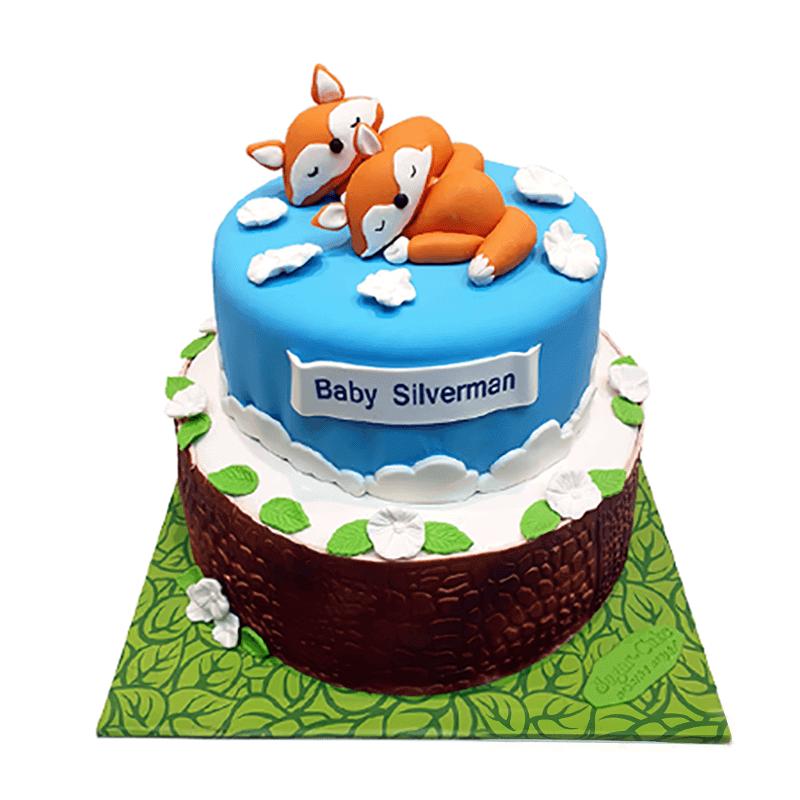 עוגת קומות לברית של חיות שועלים ישנים בטבע