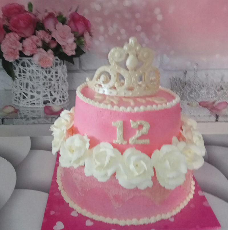 עוגת קומות לבת מצווה