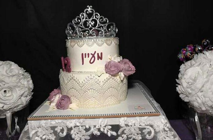 עוגת קומות זילוף לבת מצווה