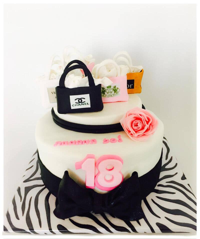 עוגת קומות מותגים לגיל 18