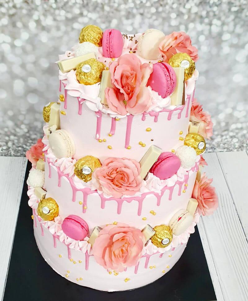 עוגת קומות מעוצבת DRIP CAKE