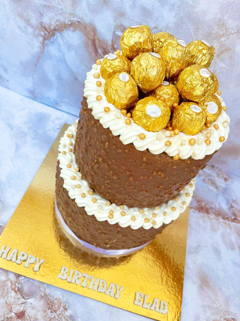 עוגת קומות מעוצבת מוס פררו רושה