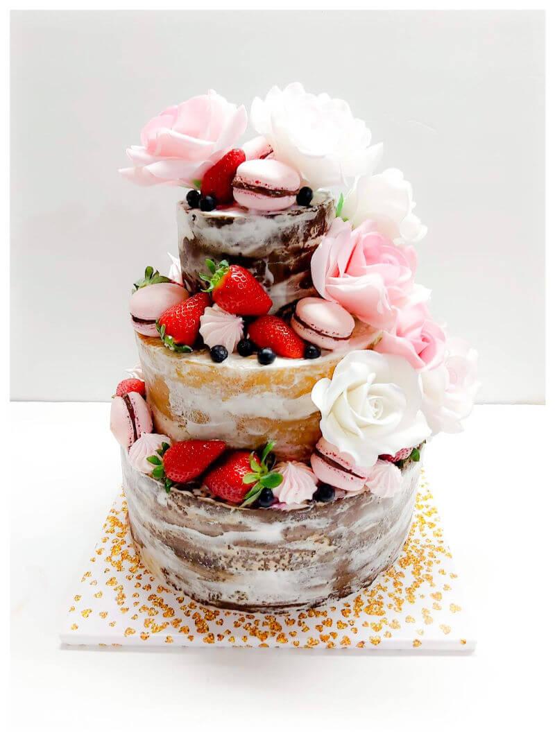 עוגת קומות עירומה עם תעודת כשרות