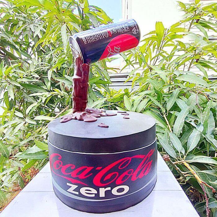 עוגת קוקה קולה