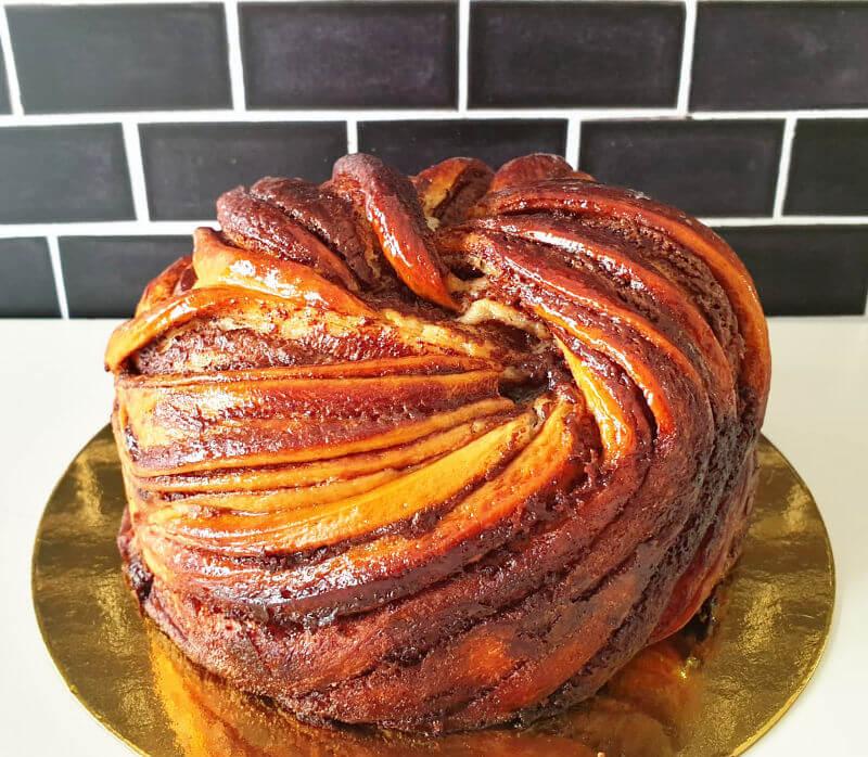 עוגת קראנץ שמרים שוקולד