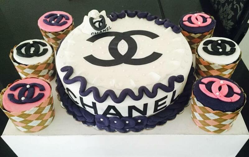 עוגת שאנל לאשה