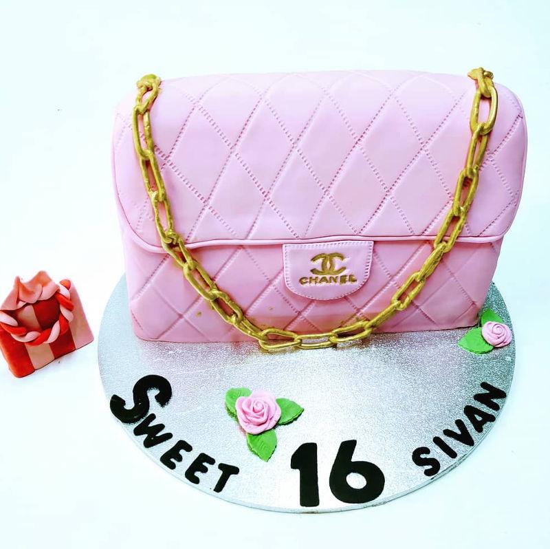 עוגת שאנל מיוחדת מבצק סוכר ליום הולדת 16