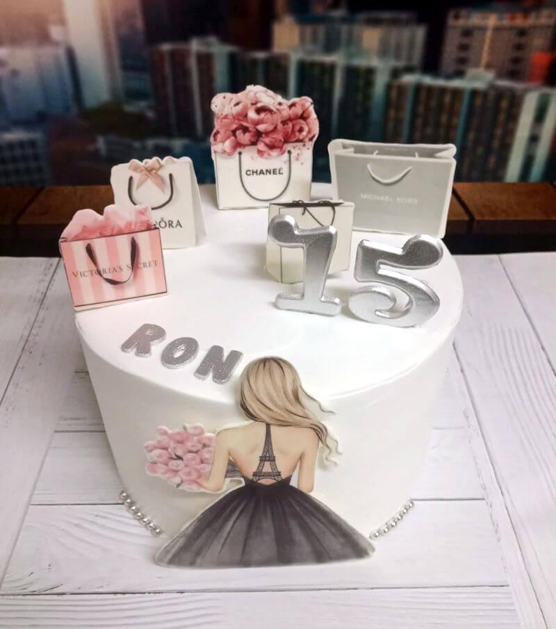עוגת מותגים מעוצבת ליום הולדת