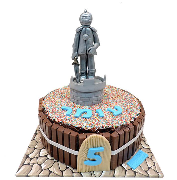 עוגת שוקולד עם אביר ליום הולדת