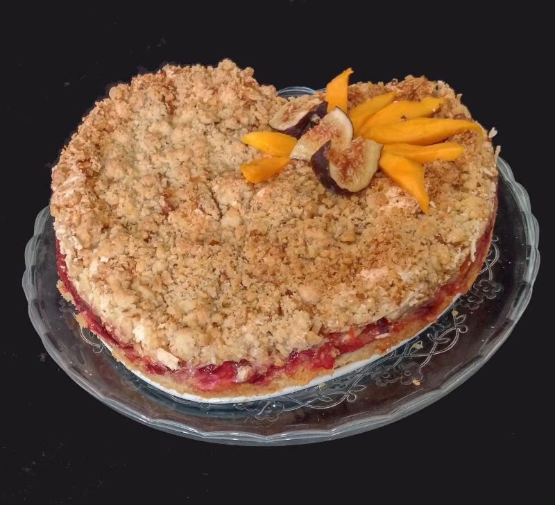 עוגת שזיפים ואגוזים