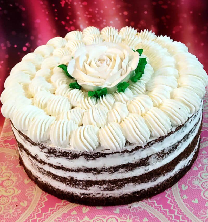 עוגת שכבות פרווה