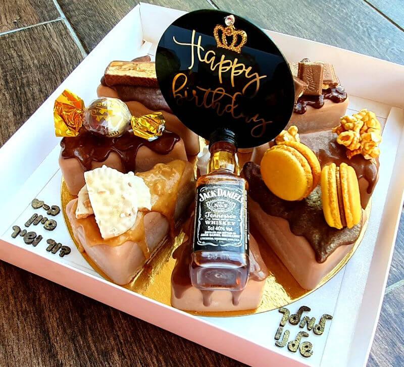 עוגת 8 הטעמים ושוקולד