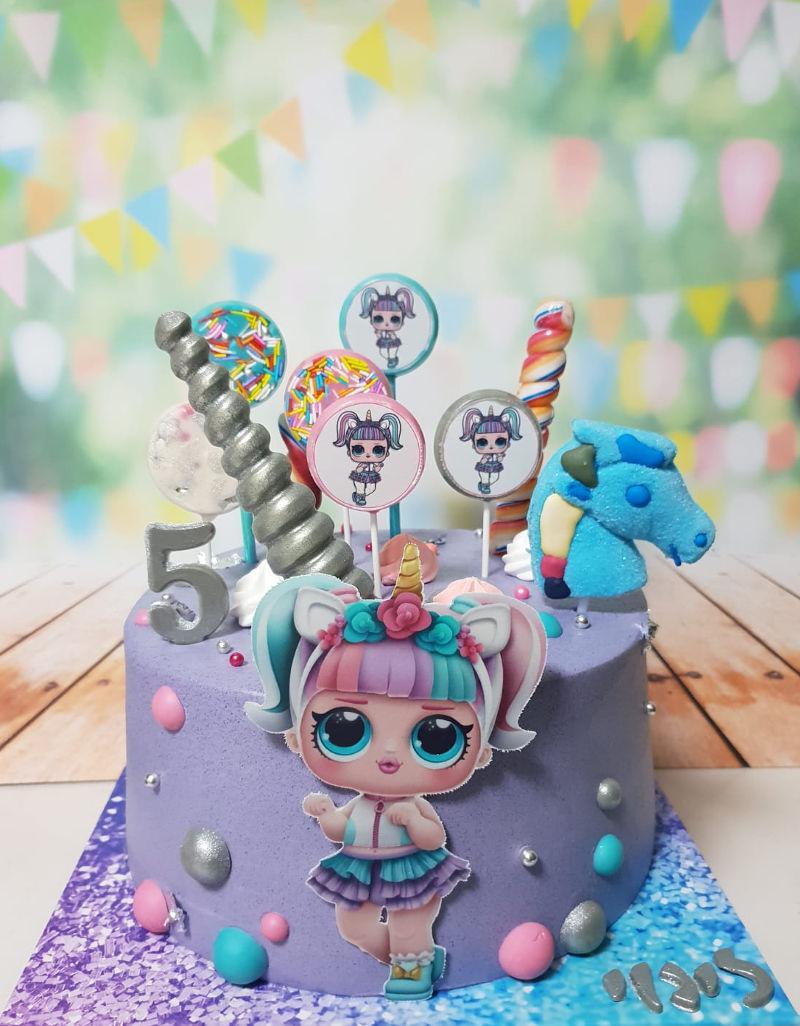 עוגת LOL עם מלא סוכריות