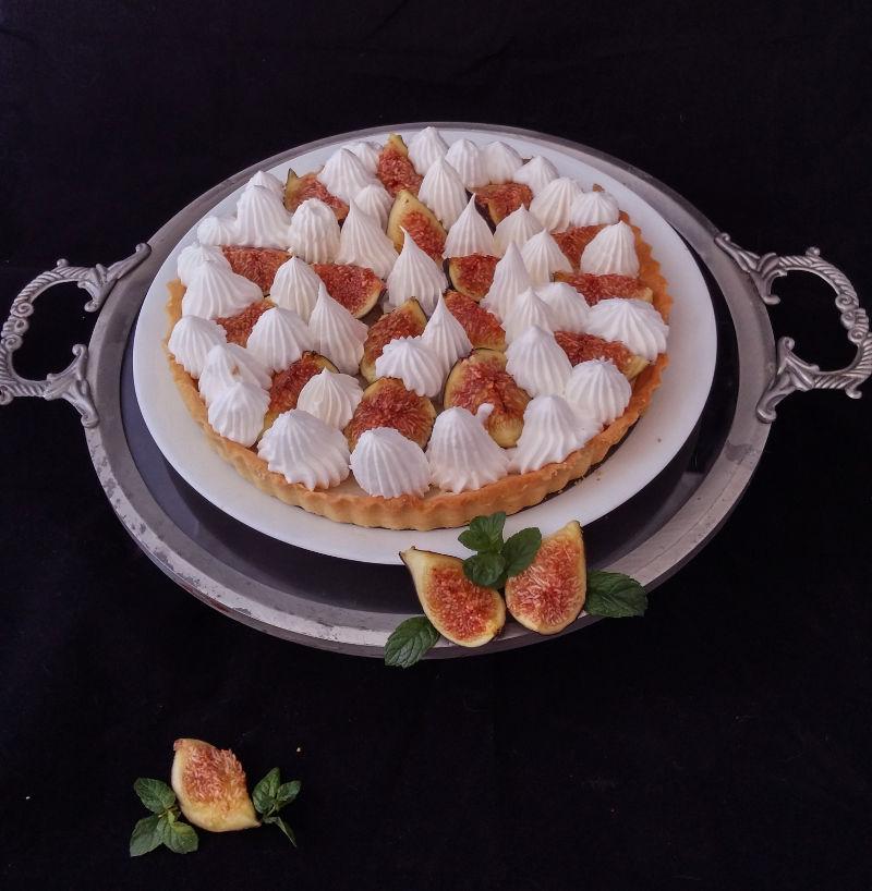 טארט תאנים ושוקולד לבן