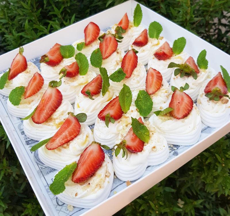 פבלובה תותים