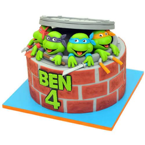 צבי הנינגה עוגת יום הולדת