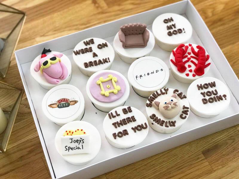 קאפקייקס בעיצוב של חברים Friends Cupcakes