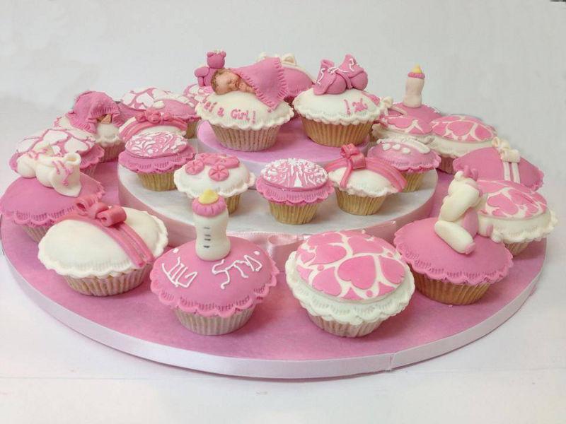 קאפקייקס להולדת תינוק מבצק סוכר