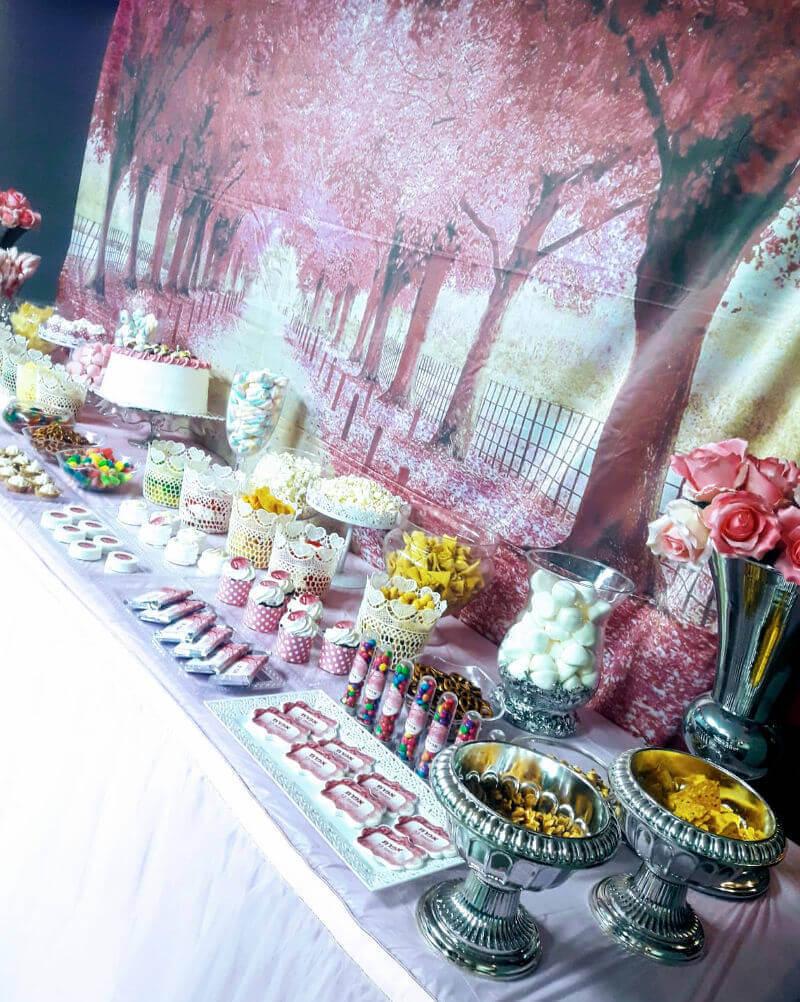 שולחן ממותג ליום הולדת